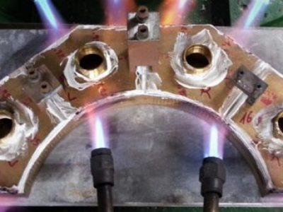 feuer auf metall